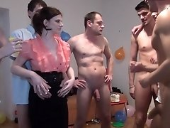 Massive Teen Party Ends Up With Lots Of Sex