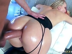 Brazzers - Aj Applegate and her ideal booty